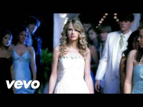 Photo of You Belong With Me chords and Lyrics | Taylore Swift